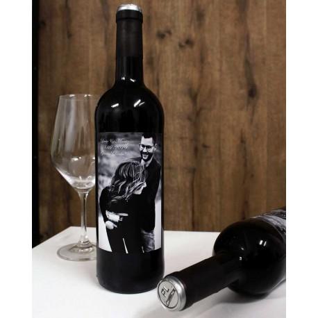 Botella de vino personalizada con una foto de vuestra boda