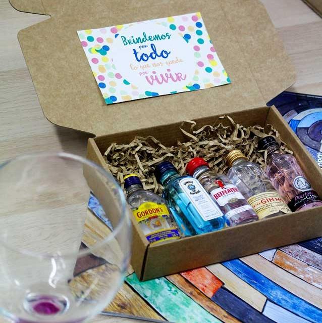 caja mini botellas gintonic para regalar en boda