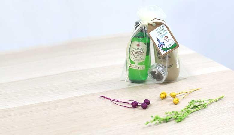 Minis de licor con etiquetas de comunión