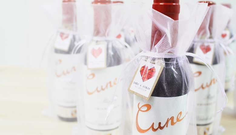 Botella de vino Cune para regalar a los invitados de boda