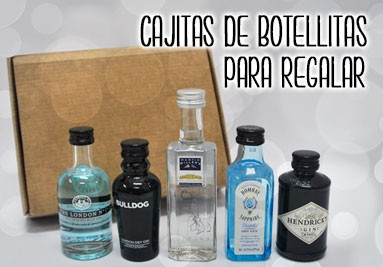Cajas con mini botellitas para regalar